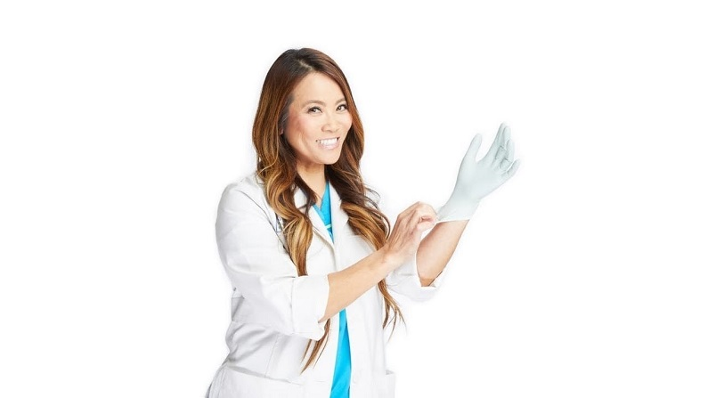 watch Dr. Pimple Popper Season 2, Episode 8 online
